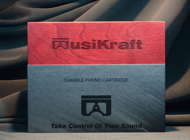 Audio MusiKraft Closed Nitro Jewelbox Flat